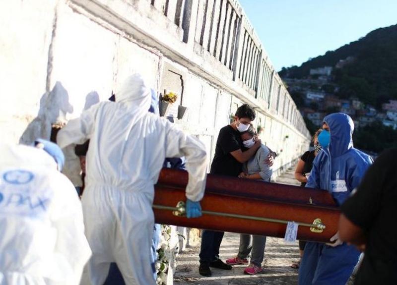 Koronavirüs salgınında Brezilya'da en yüksek vaka artışı kayıtlara geçti
