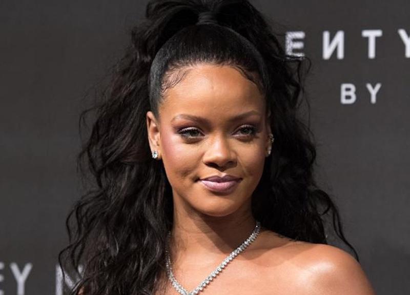 Dünyaca ünlü şarkıcı Rihanna'nın bir zamanlar Travis Scott ile beraber olduğu ortaya çıktı