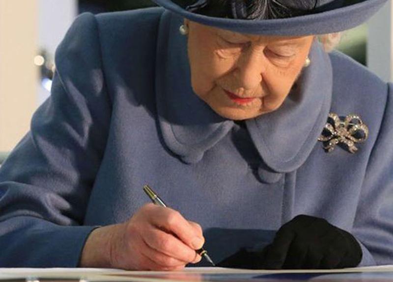 İngiltere 2'inci Kraliçe Elizabeth'in 'sır mektupları' kamuya açılacak