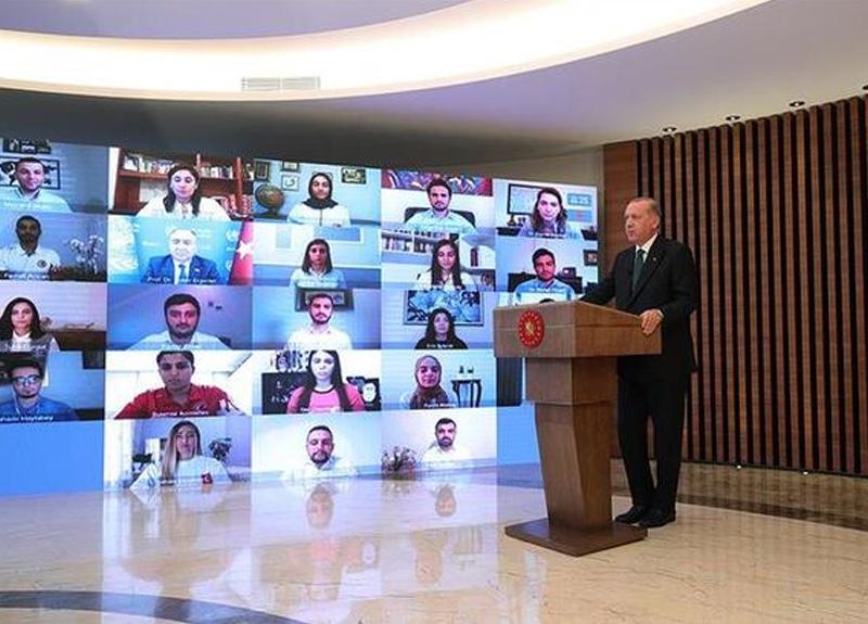 Cumhurbaşkanı Erdoğan: Eğlence mekanları ile nargile içilen yerler bir süre daha kapalı kalacak
