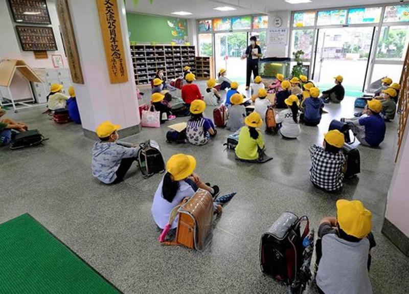 Japonya'yı koronavirüs salgınında 2. dalga endişesi sardı: 4 öğrencide koronavirüs çıktı