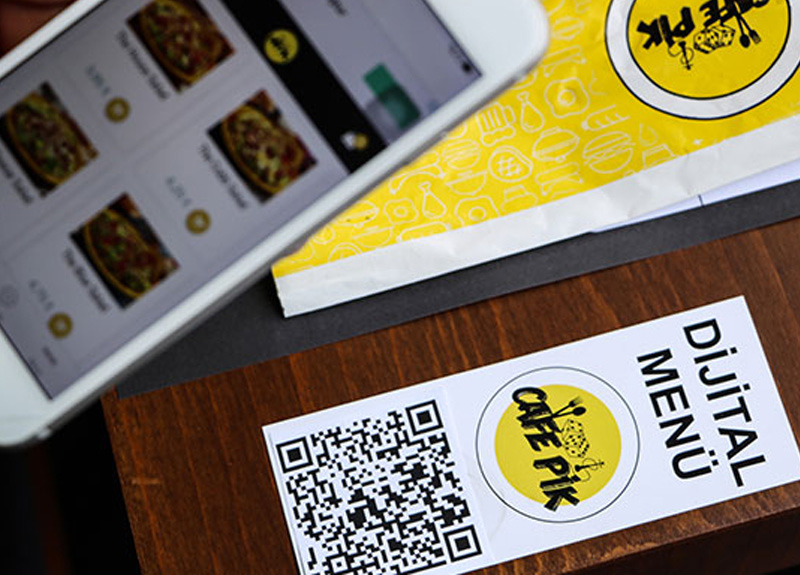 Antalya'da bir kafede siparişler online gerçekleştirilecek