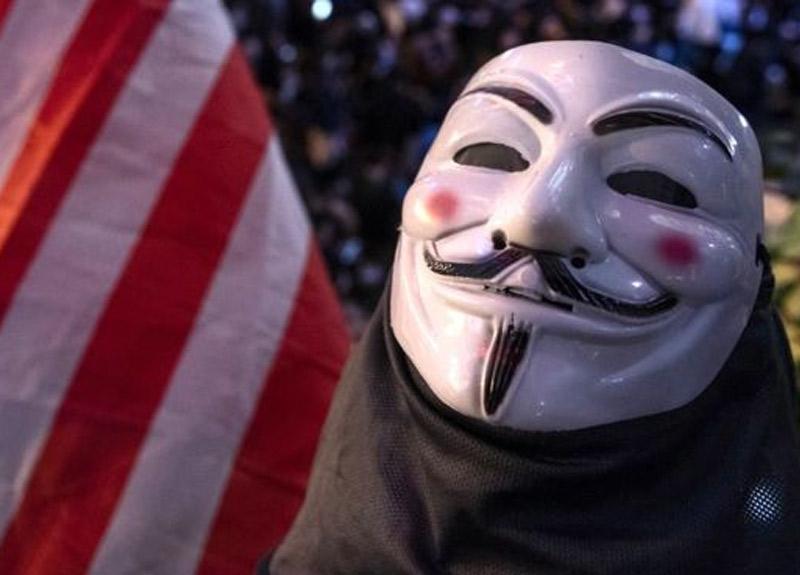 ABD'deki George Floyd protestoları sırasında hacker grubu Anonymous yeniden ortaya çıktı