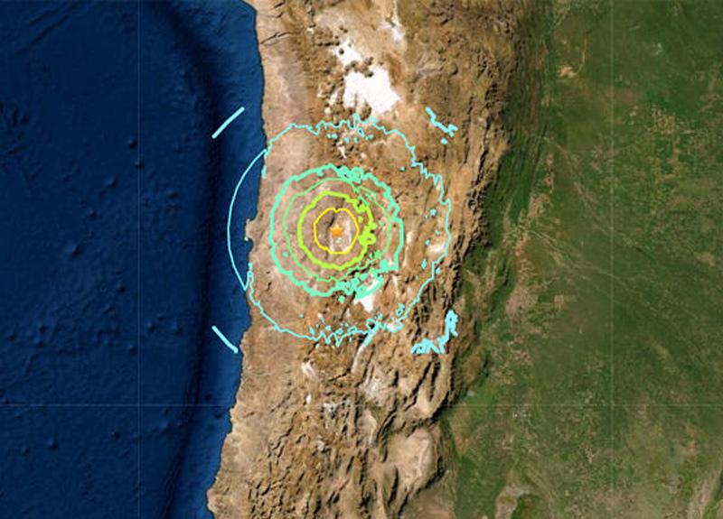 Şili'de 6.8 büyüklüğünde deprem meydana geldi, şiddetli sarsıntı geniş alanda hissedildi