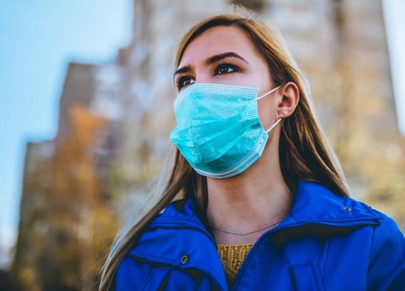 Dünya Sağlık Örgütü maske kullanımıyla ilgili çelişkili sözlerine son noktayı koydu