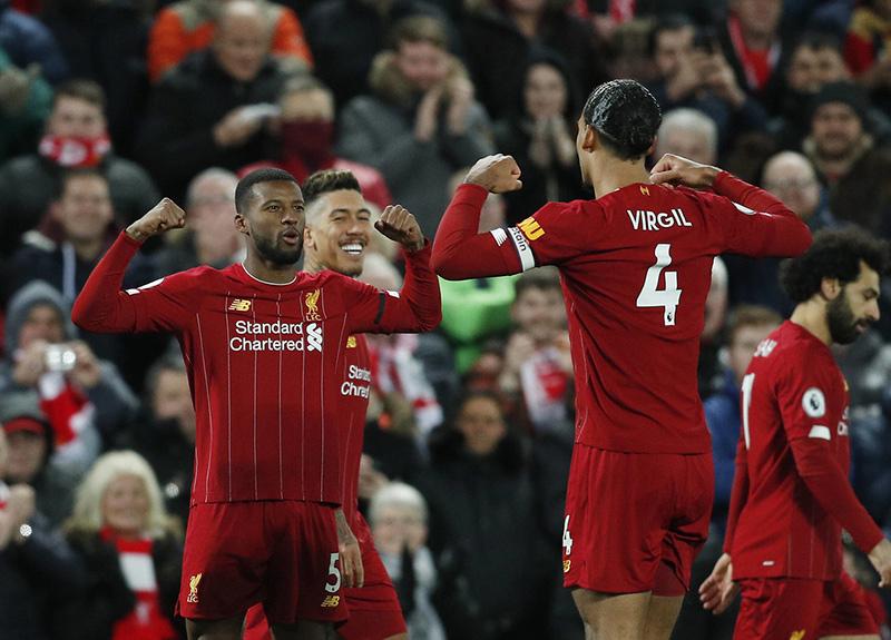 Premier Lig'de Liverpool, 30 yıl aradan sonra şampiyon oldu