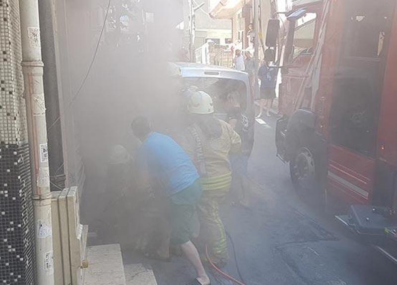 İstanbul Şişli'de bir tekstil atölyesinde çıkan yangın paniğe neden oldu