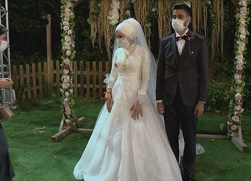 Düğünler belirlenen sosyal mesafe kuralı çerçevesinde yapılmaya başlandı