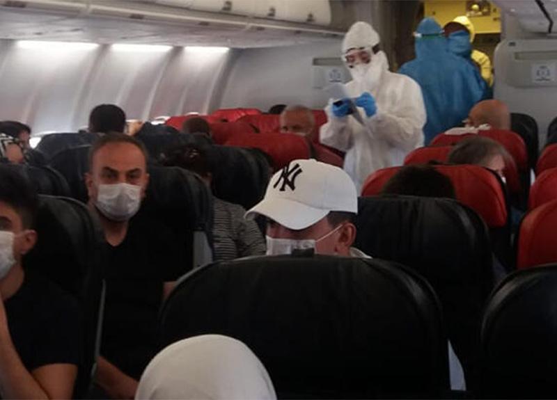 Diyarbakır-Ankara uçağında bir yolcu koronavirüs şüphesiyle karantinaya alındı!