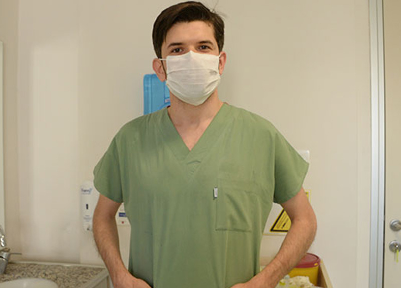 Koronavirüsü yenen doktor Muhannad Al-Khatib yaşadığı süreci anlattı