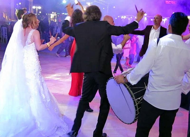 Bilim Kurulu Üyesi Prof. Dr. Hasan Tezer'den 60 yaş üzeri vatandaşlara uyarı: Düğünlere gitmeyin
