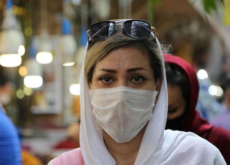 İran'da Kovid-19 nedeniyle 'risk barındıran' yerler bir hafta kapatılıyor