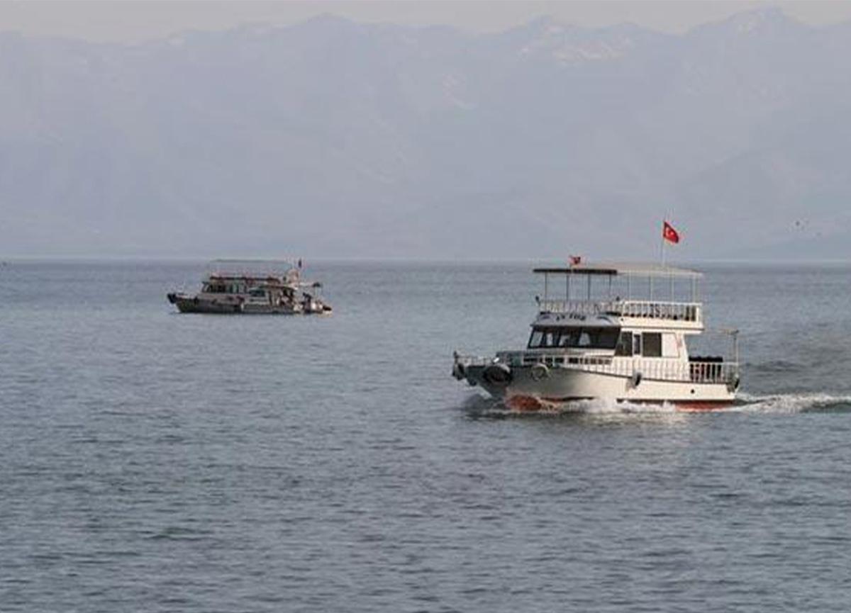 Van'daki tekne faciasında ölü sayısı 16'ya yükseldi!