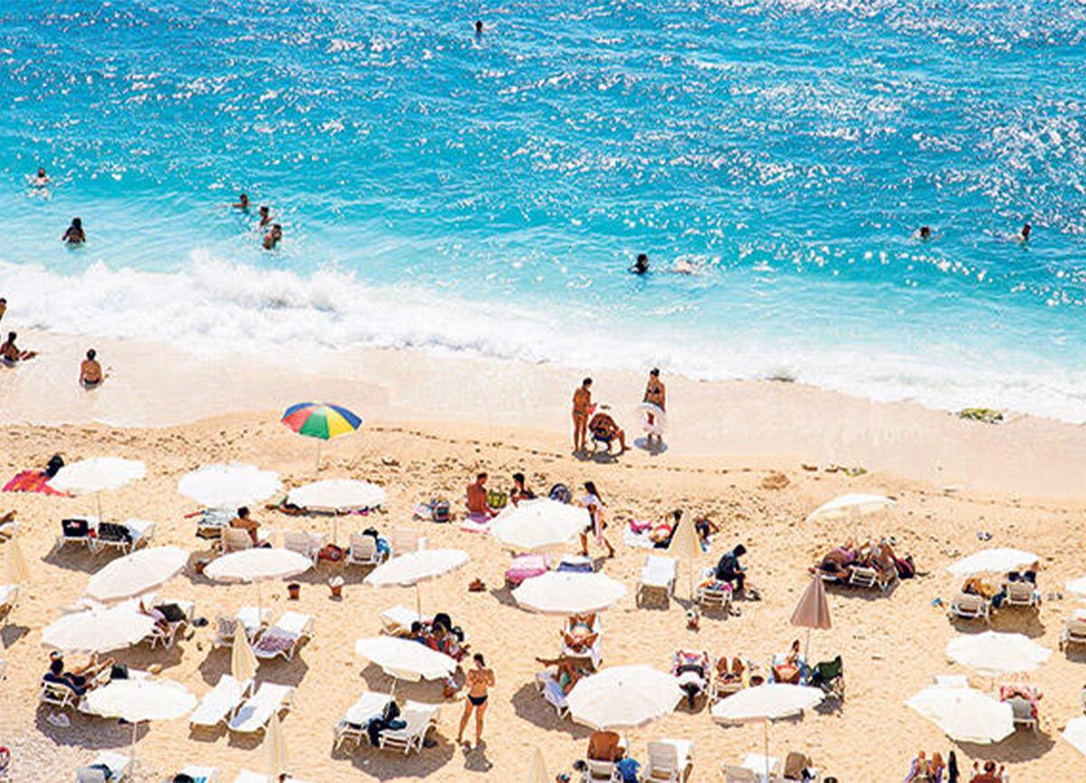 Seyahat yasağı kalktı! İngiliz turistler 15 Temmuz itibarıyla geliyor!