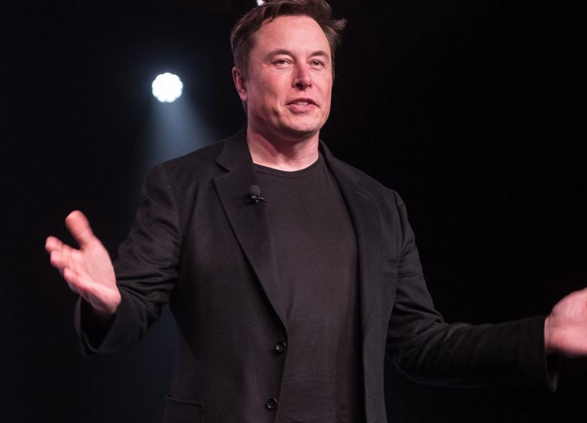 Elon Musk, Warren Buffett'ı geçerek dünyanın en zengini 7. kişisi oldu