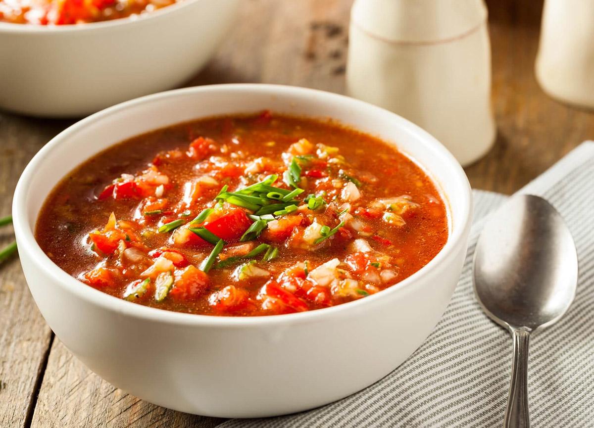 Gazpacho çorbası tarifi! 27 Temmuz Masterchef 2020 Gazpacho (Soğuk İspanyol Çorbası) nasıl yapılır?