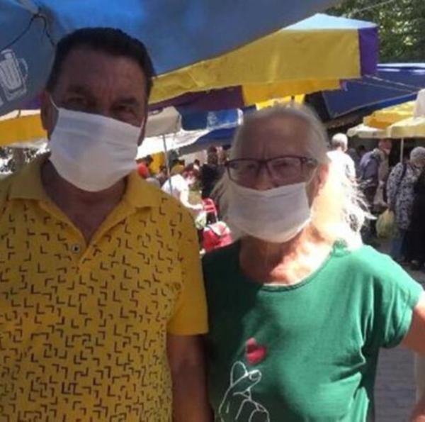 Yeşilçam'ın usta oyuncusu Hikmet Taşdemir Silivri'de semt pazarında