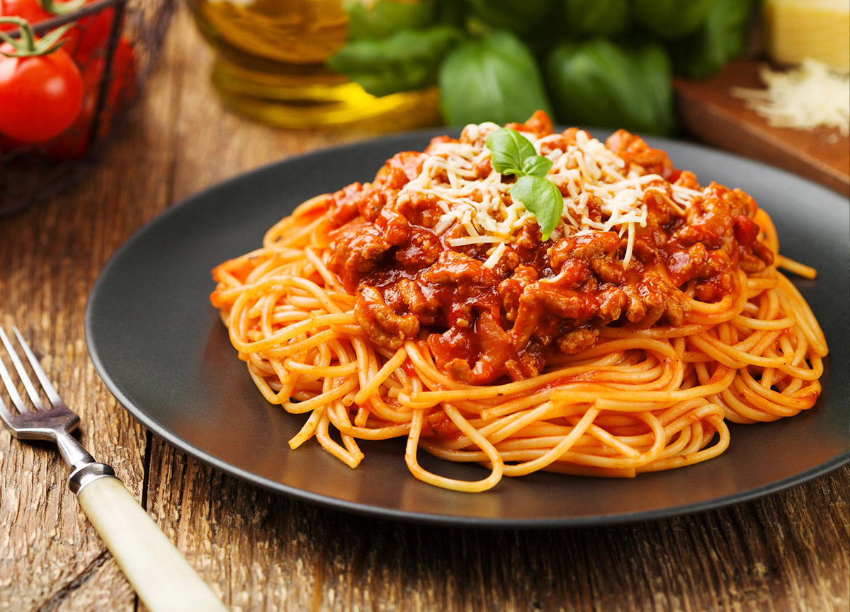 Spagetti Bolonez tarifi! 29 Temmuz Masterchef 2020 Bolonez soslu spagetti nasıl yapılır? Evde makarna nasıl ya