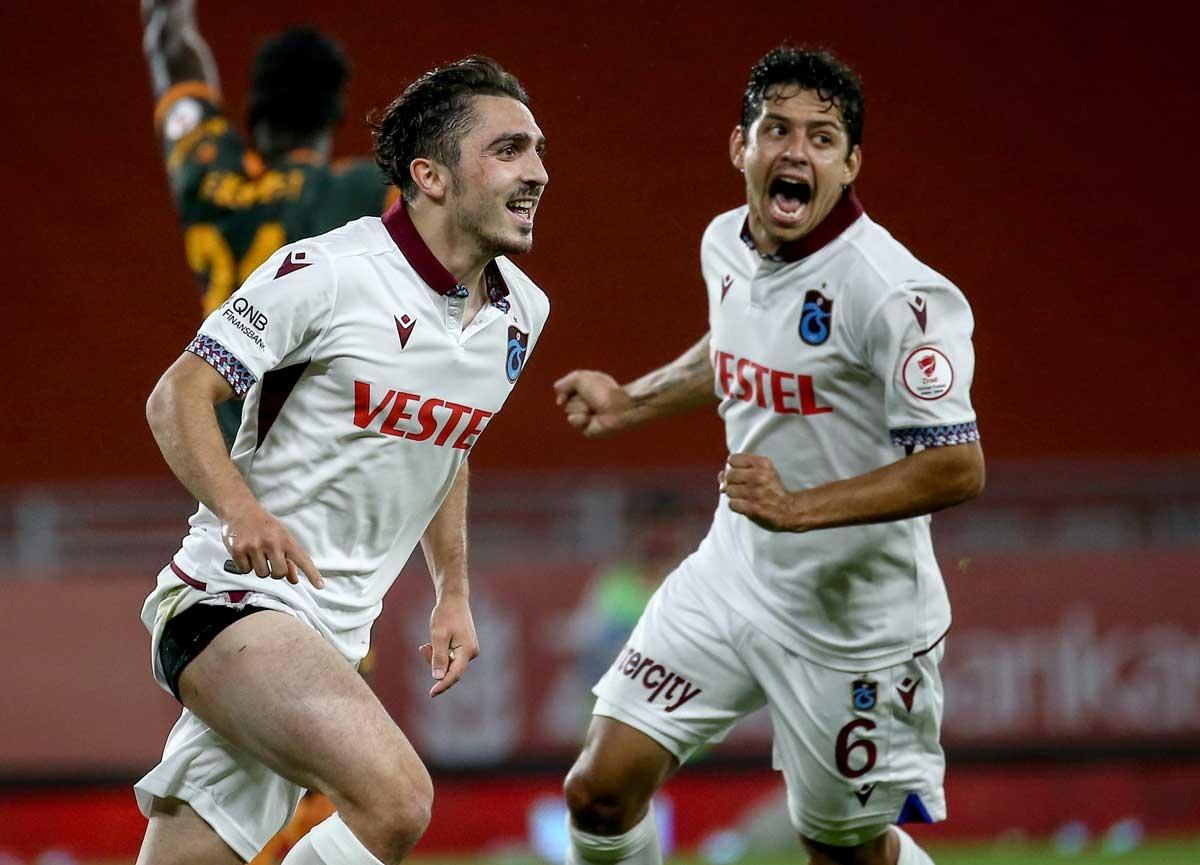 Alanyaspor'u 2-0 yenen Trabzonspor, Ziraat Türkiye Kupası'nı kazandı