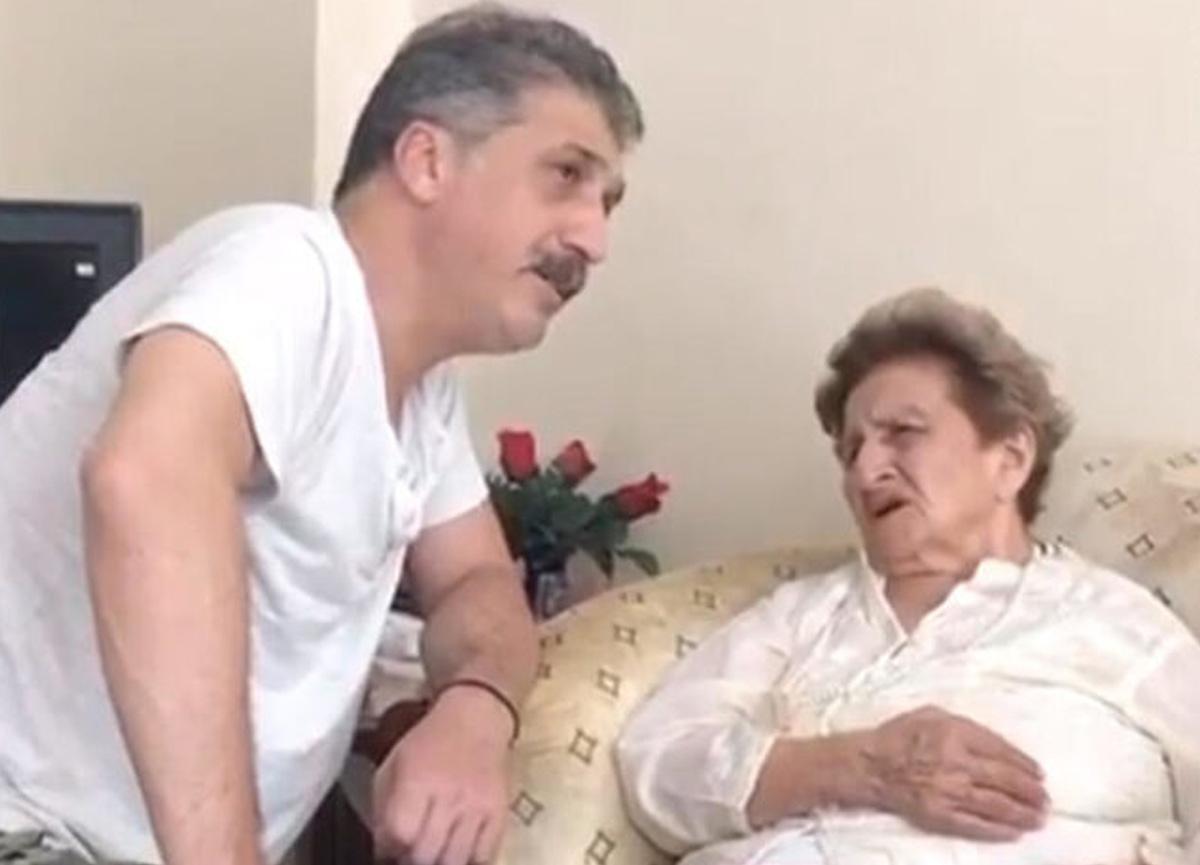 Cem Davran'dan annesiyle birlikte duygusal paylaşım!