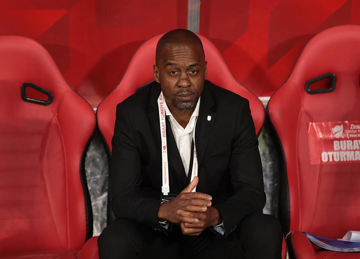 Trabzonspor yeni teknik direktörü Eddie Newton'ı açıkladı!
