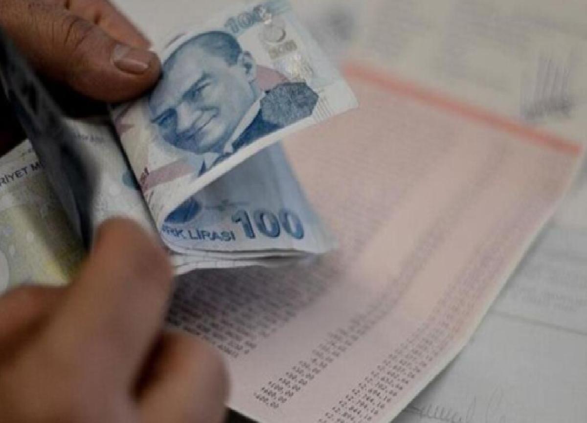 Bugün bankalar açık mı? EFT işlemi yapılıyor mu? 3 Ağustos Pazartesi banka işlemleri nasıl yapılacak?