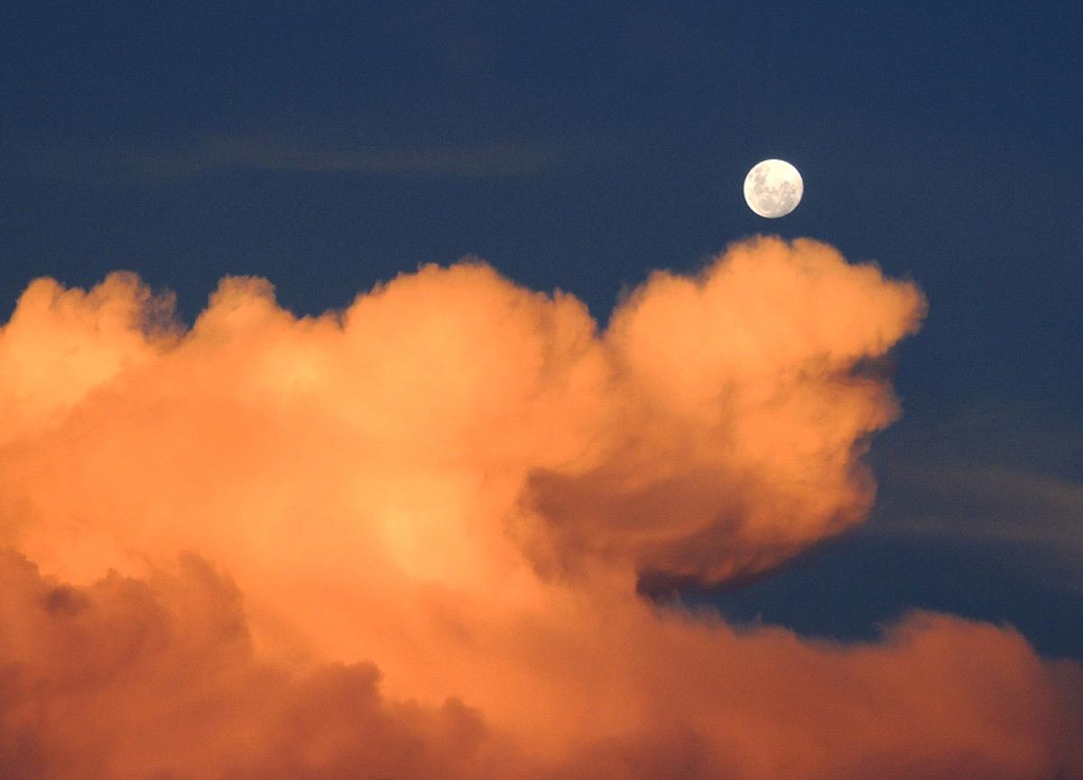 Karma Astrolog Kübra Denizci yazdı: Kova Burcunda Uranüsyen Dolunay...