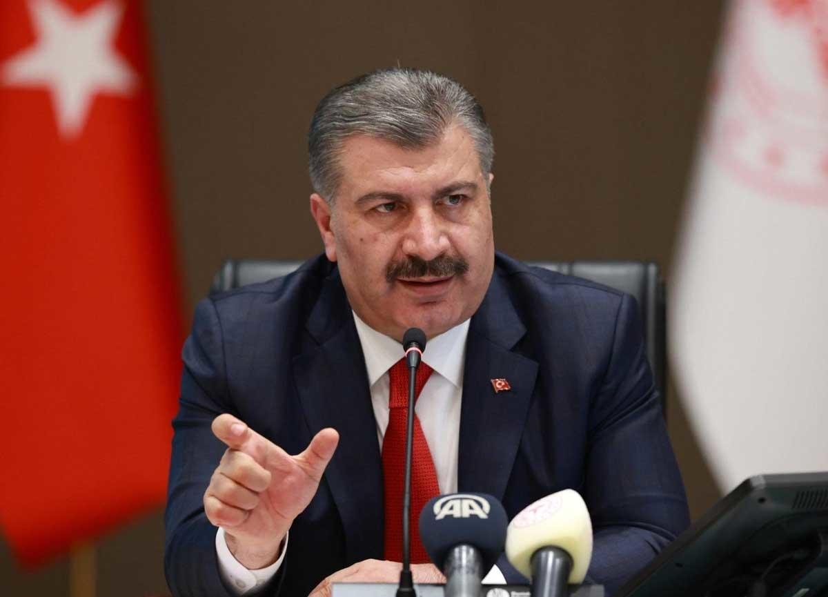 Sağlık Bakanı Fahrettin Koca'dan dikkat çeken 2 paylaşım