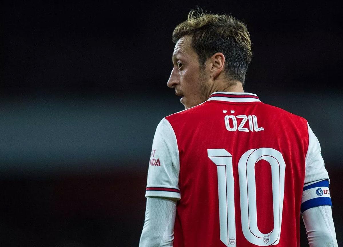 Arsenal'den Mesut Özil'e teklif: Kulüp bul, maaş farkını ödeyelim