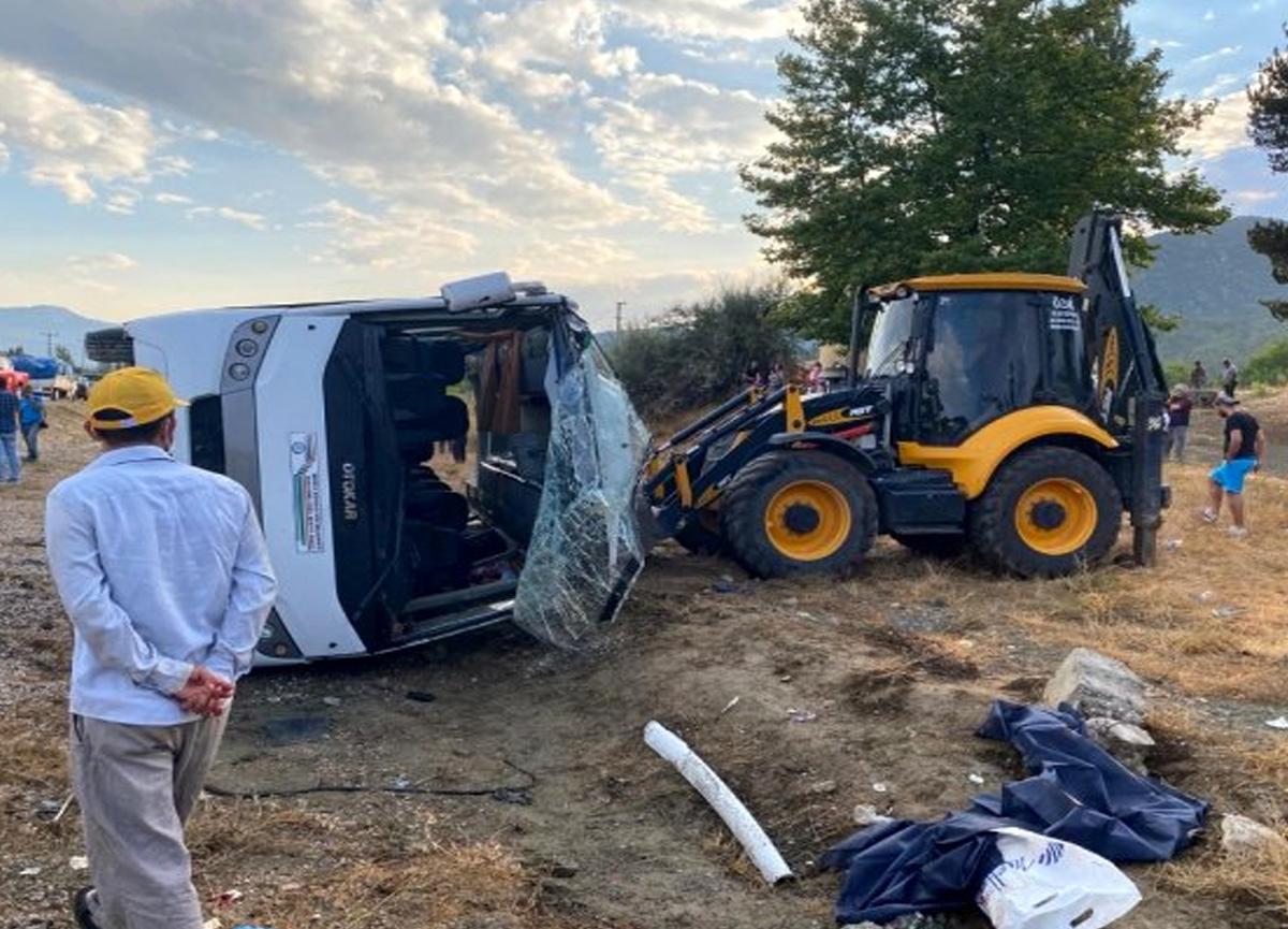 Muğla'da işçileri taşıyan araç devrildi! 1 ölü, 12 yaralı
