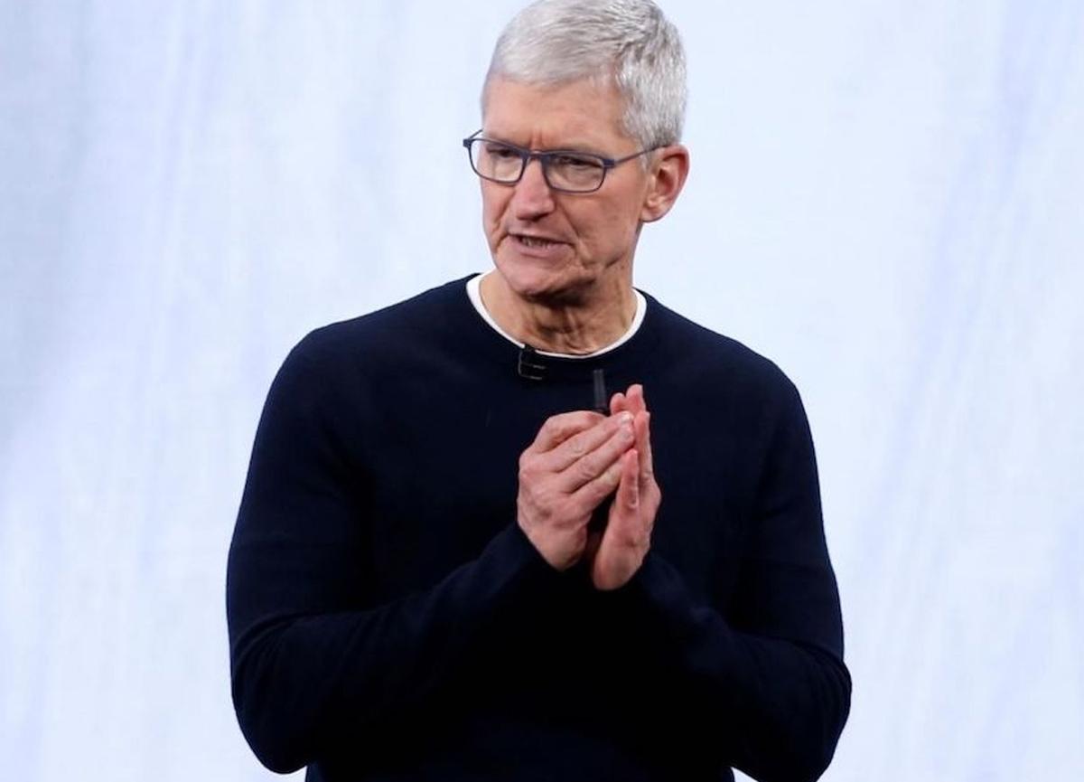 Artık Apple CEO'su Tim Cook da milyarderler kulübünde!