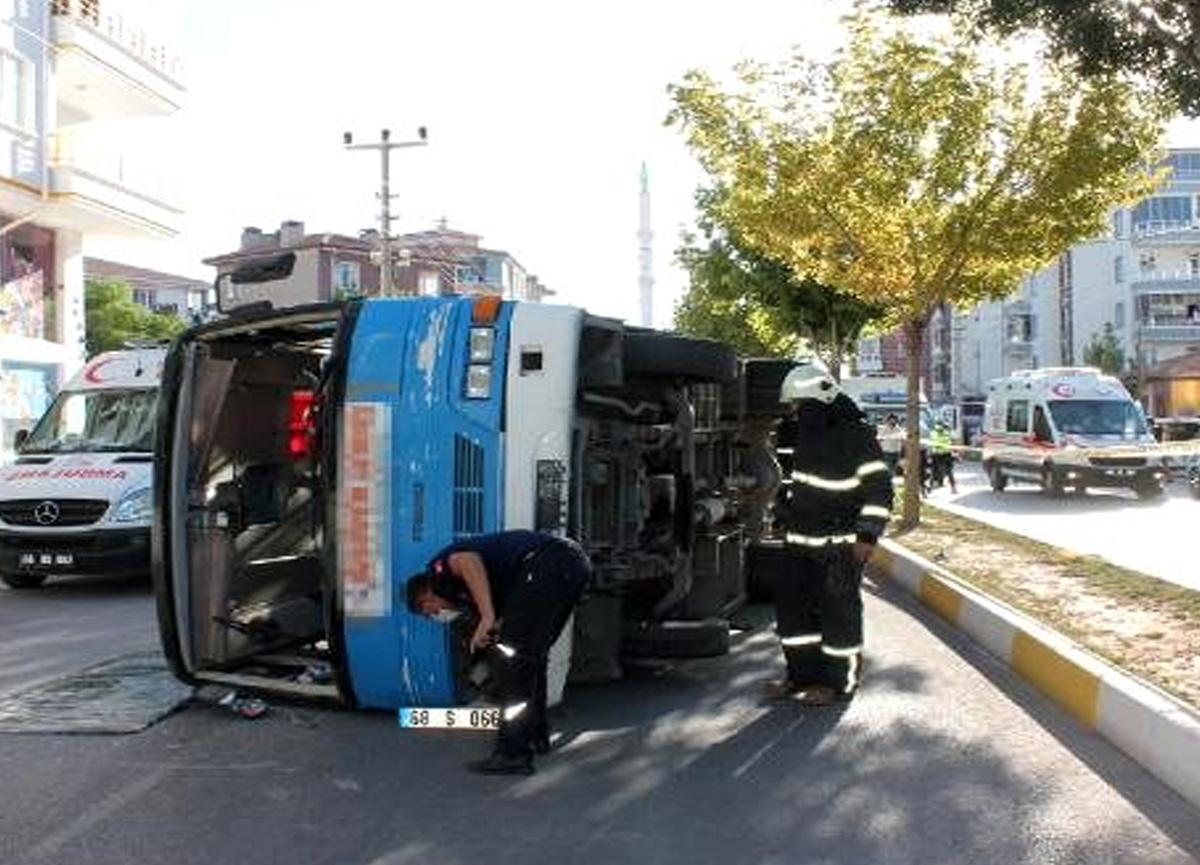 Aksaray'da korkunç kaza! 12 kişi yaralandı