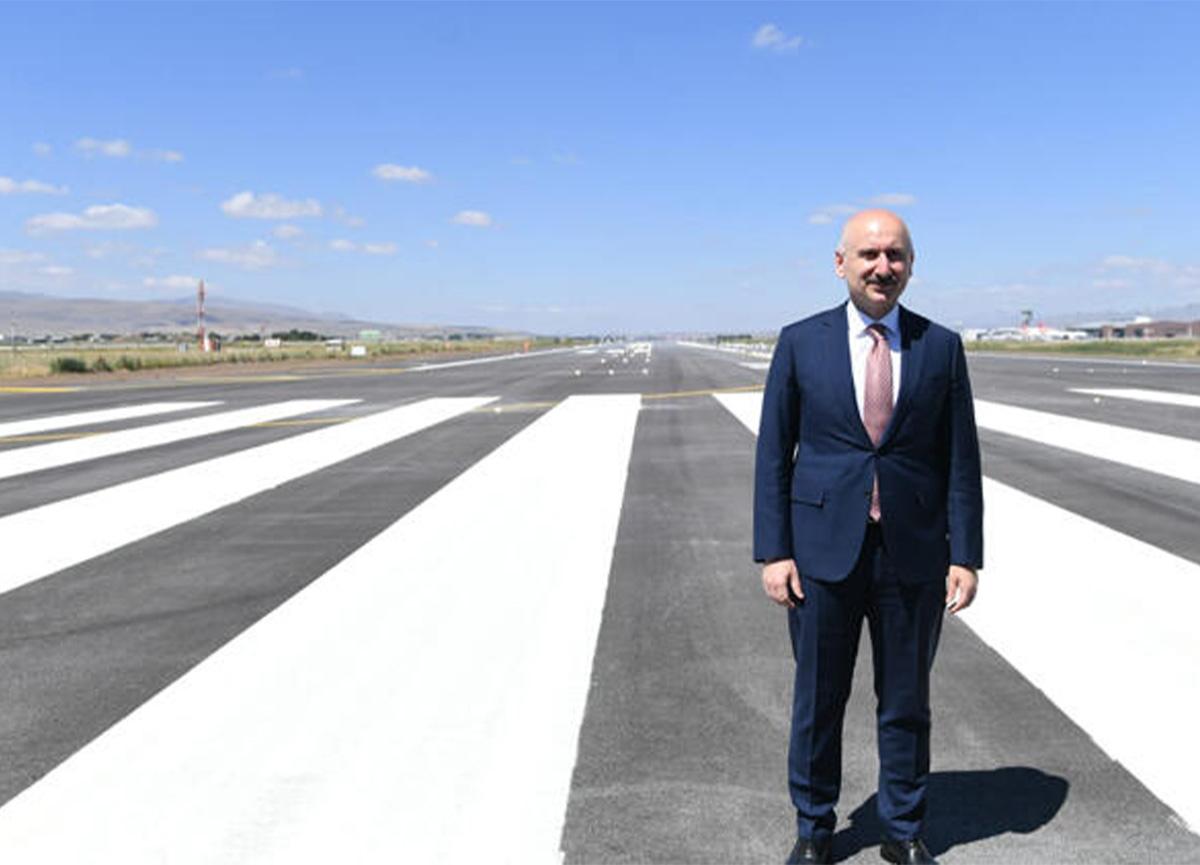 Ulaştırma Bakanı Karaismailoğlu açıkladı! 48 ülke ile uçuşlar devam ediyor!