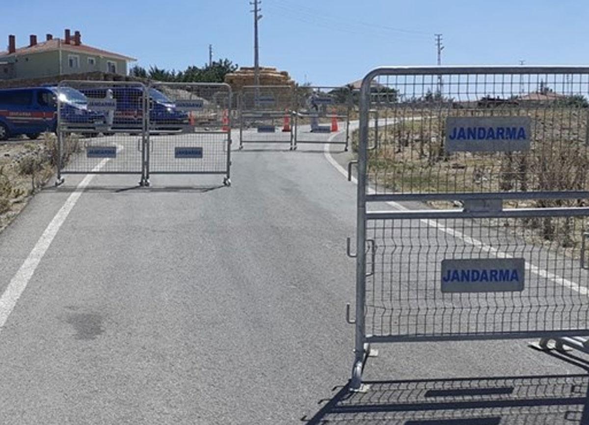 Ankara'da bir mahalleye giriş çıkışlar durduruldu