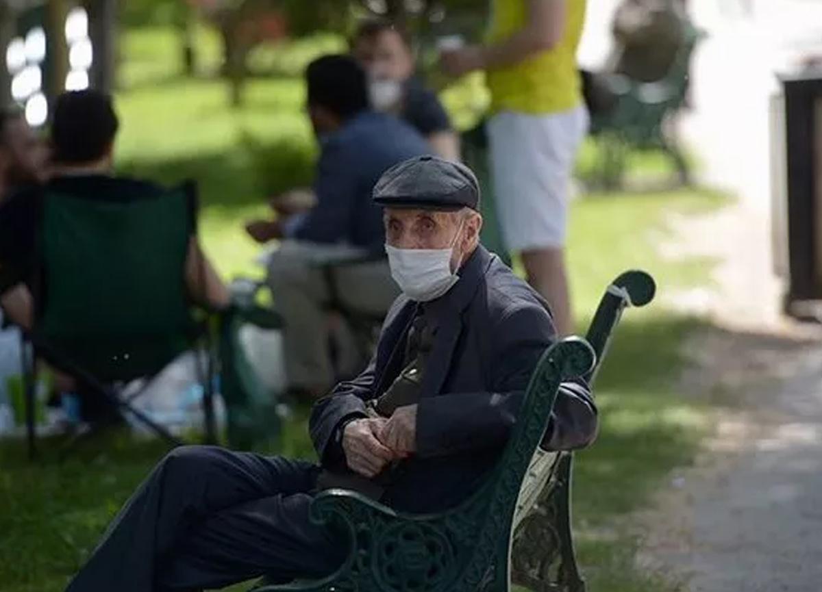 Manisa'da 65 yaş üstü vatandaşlara yeni koronavirüs yasakları getirildi!