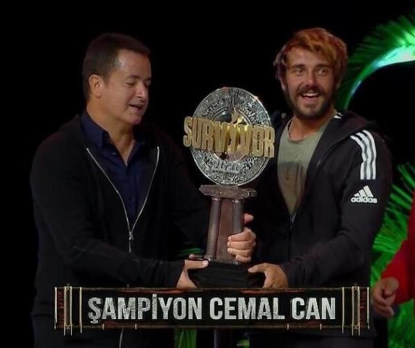 Survivor şampiyonu Cemal Can, Danla Bilic ile fotoğraf paylaştı, beğen butonu çöktü