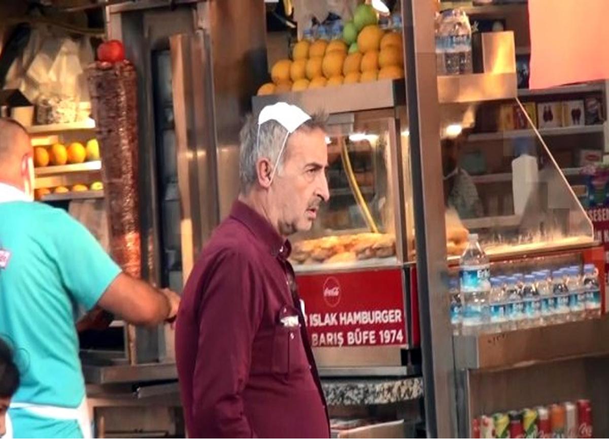 İstiklal Caddesinde hayrete düşüren görüntü! Maskeyi ağzına değil kafasına taktı