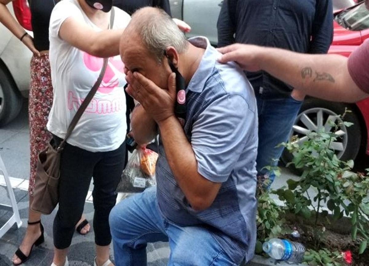 Yolda yürürken kafasına tabela düşen adam hastanelik oldu