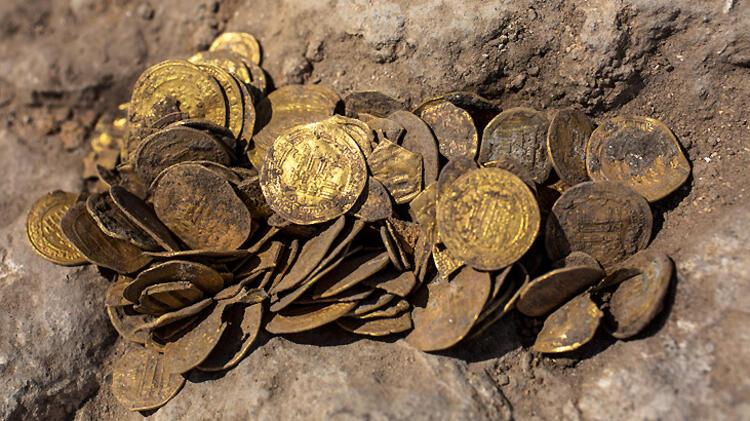Hazineyi buldular! Altın fışkırdı...
