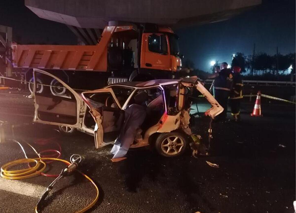 Gebze'de feci kaza! 3 ölü, 4 yaralı var!