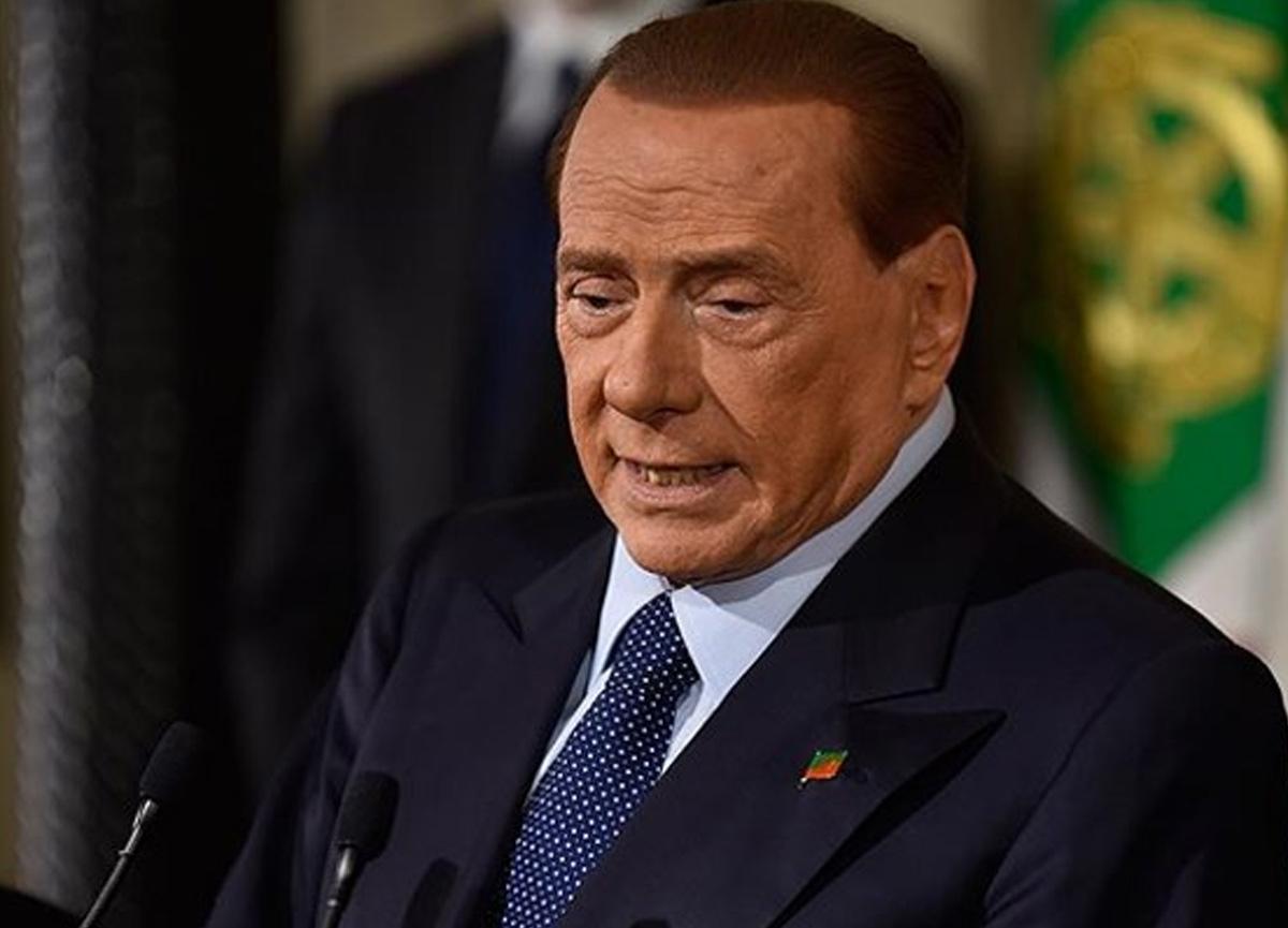 Eski İtalya Başbakanı Silvio Berlusconi koronavirüse yakalandı