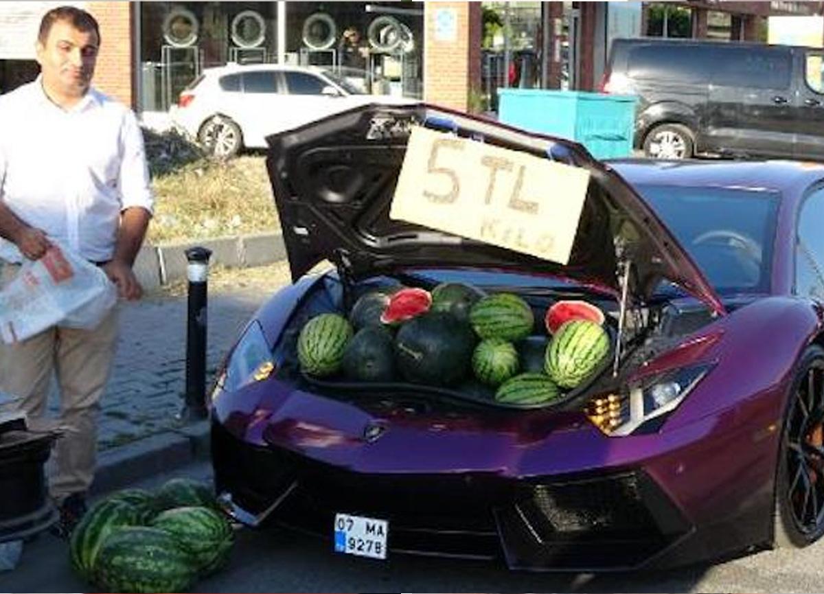 Lüks otomobilde 5 liraya karpuz satan kişinin kim olduğu ortaya çıktı! Ceza yağdı...