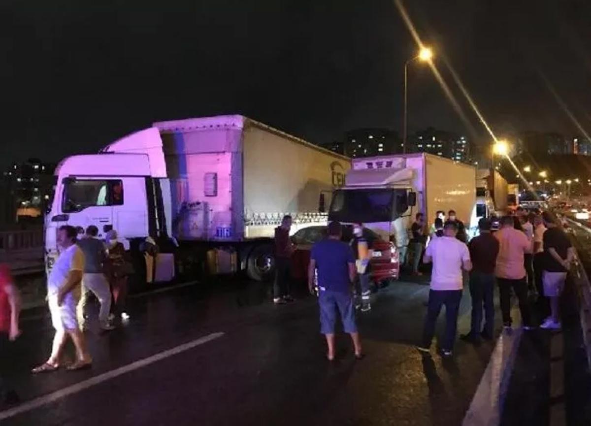 TEM'de feci kaza! 28 araç birbirine girdi...
