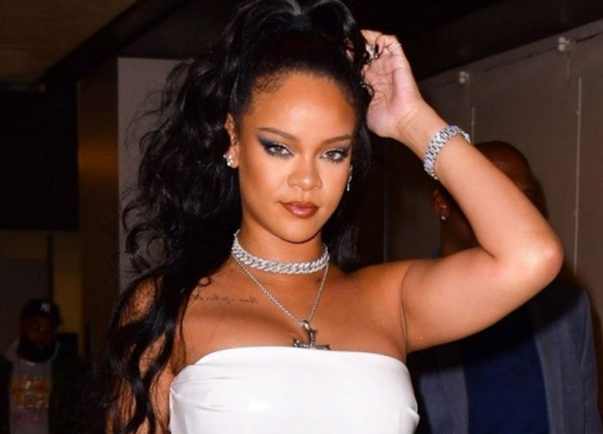Rihanna yüzünde morluklarla magazin muhabirlerinin objektifine takıldı