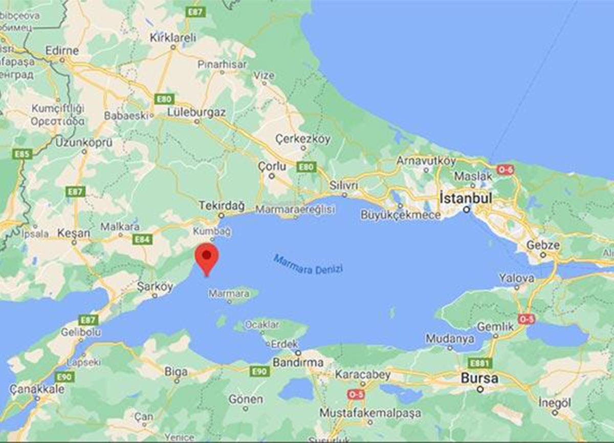 Marmara'da deprem! İstanbul da sallandı!