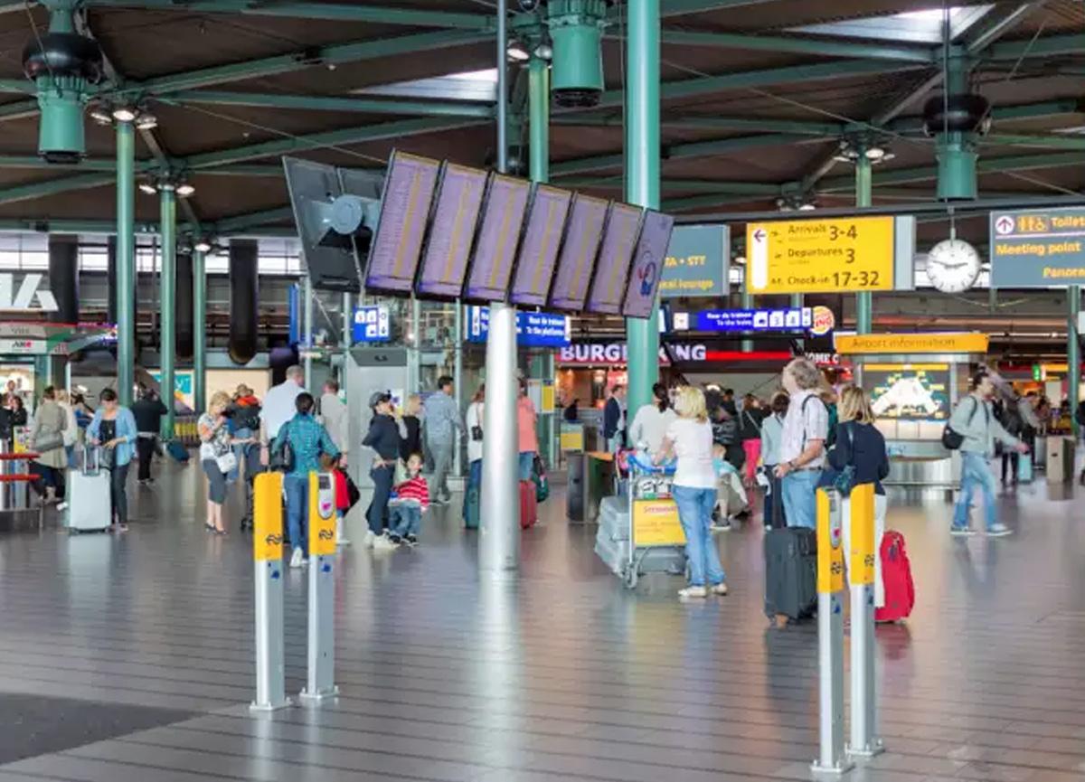 Hollanda, koronavirüs sebebiyle uyguladığı seyahat yasağını Türk vatandaşları için esnetme kararı aldı