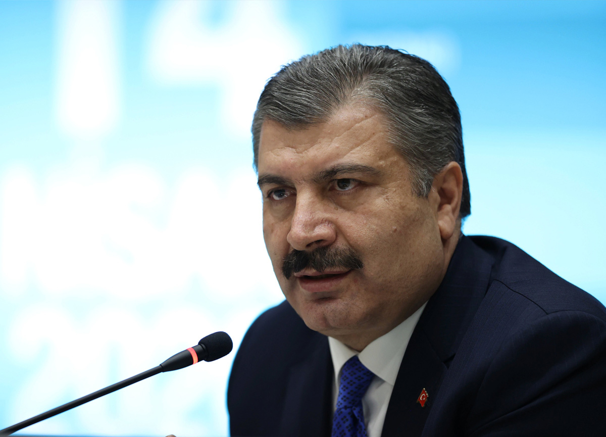 Türkiye'de koronavirüs yüzünden son 24 saatte 48 kişi yaşamını yitirdi