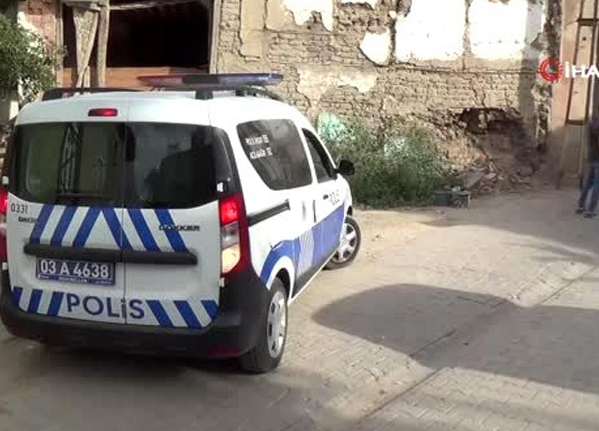 Evde ceset var ihbarına gelen polisler manzara karşısında şok oldu