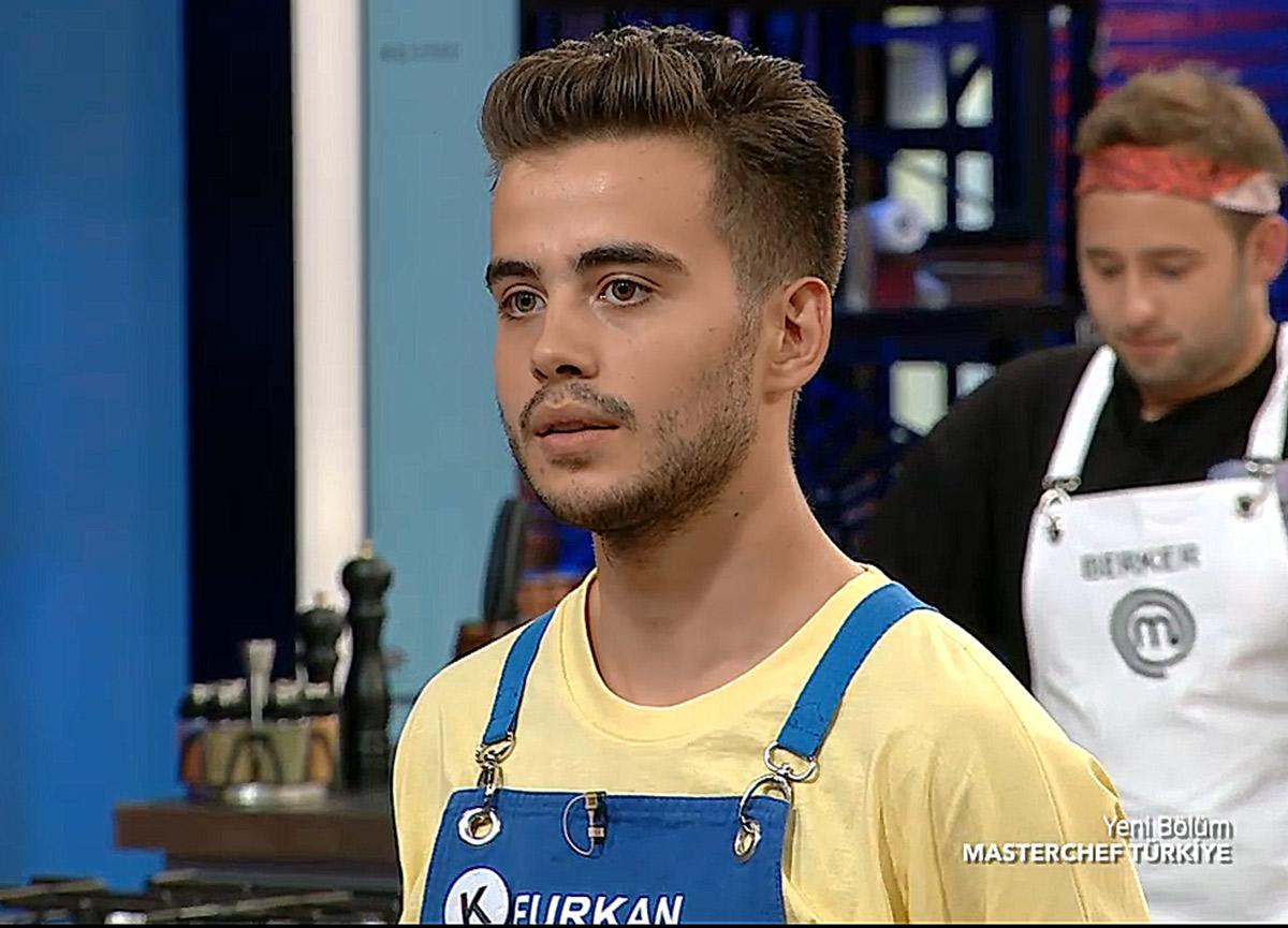 MasterChef Furkan Yalçın kimdir? MasterChef Türkiye'de Mavi takım kaptanı olan Furkan Yalçın kaç yaşında?