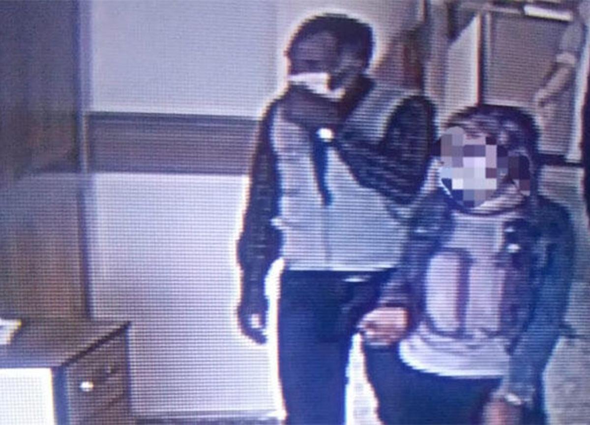 Kars'ta pes dedirten olay! Korona testi pozitif çıkan kız ve babası hastaneden kaçtı!